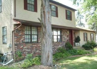 Pre Foreclosure in Trenton 08619 PINTINALLI DR - Property ID: 1330195515