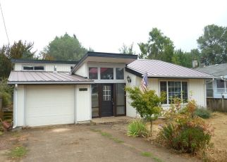 Pre Foreclosure in Cottage Grove 97424 S 7TH ST - Property ID: 1330276989