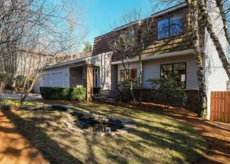 Pre Foreclosure in Lake Oswego 97034 LIVINGOOD LN - Property ID: 1330319462