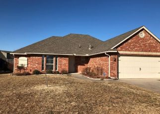 Pre Foreclosure in Yukon 73099 BUSHEYWOOD DR - Property ID: 1330333920