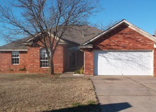 Pre Foreclosure in Harrah 73045 TIMBERIDGE RD - Property ID: 1330335220