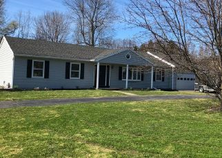 Pre Foreclosure in Ontario 14519 PADDY LN - Property ID: 1330560793