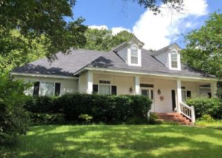 Pre Foreclosure in Mobile 36609 OAK RIDGE RD W - Property ID: 1330841525