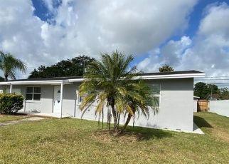 Pre Foreclosure in Miami 33157 SW 165TH TER - Property ID: 1331059643