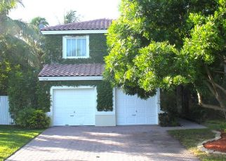 Pre Foreclosure in Miami 33186 SW 144TH TER - Property ID: 1331136278