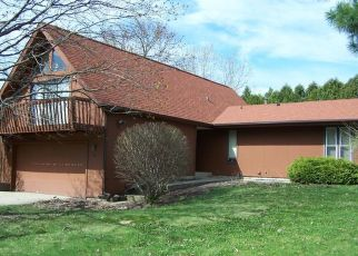 Pre Foreclosure in Mchenry 60050 N BROMLEY DR - Property ID: 1331164755