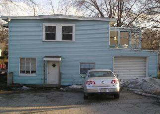 Pre Foreclosure in Lake Station 46405 CENTRAL AVE - Property ID: 1331256283