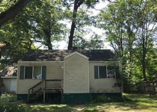 Pre Foreclosure in Lake Station 46405 RIVERLANE DR - Property ID: 1331273813