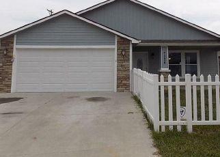 Pre Foreclosure in Topeka 66619 SW WHEATFIELD LN - Property ID: 1331416585