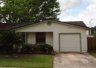 Pre Foreclosure in Jacksonville 32222 FALCON TRACE DR S - Property ID: 1331500232