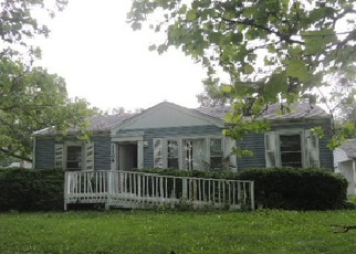 Pre Foreclosure in Lombard 60148 S FAIRFIELD AVE - Property ID: 1331814260