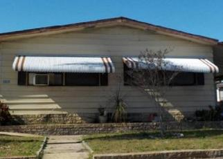 Pre Foreclosure in Holiday 34691 HOLIDAY DR - Property ID: 1331995588
