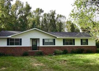 Pre Foreclosure in Florence 29506 N DEEPWOODS LN - Property ID: 1332206243