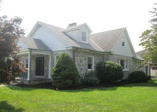 Pre Foreclosure in York 17403 ELMWOOD BLVD - Property ID: 1332869338