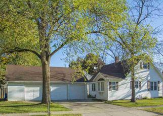 Pre Foreclosure in Green Bay 54304 14TH AVE - Property ID: 1332899569