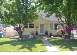 Pre Foreclosure in Garden City 48135 ROSSLYN AVE - Property ID: 1332926725
