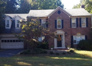 Pre Foreclosure in Great Falls 22066 OLD HOLLY DR - Property ID: 1333047605
