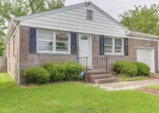 Pre Foreclosure in Hampton 23664 GROVE ST - Property ID: 1333056803