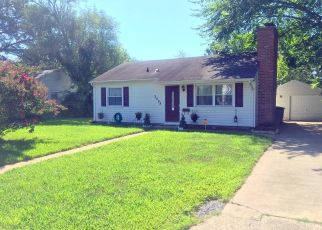 Pre Foreclosure in Hampton 23663 WHITMAN PL - Property ID: 1333075633