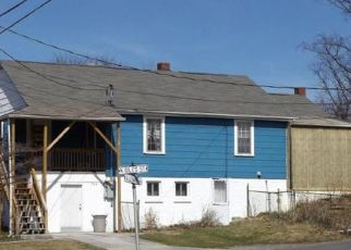 Pre Foreclosure in Pearisburg 24134 GILES ST - Property ID: 1333088327