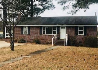 Pre Foreclosure in Ivor 23866 BABB DR - Property ID: 1333112419