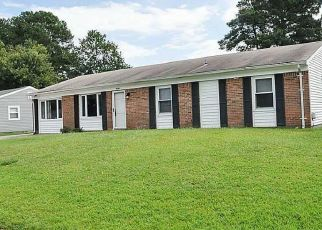 Pre Foreclosure in Chesapeake 23321 WOODBAUGH DR - Property ID: 1333119872