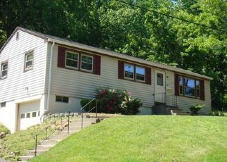 Pre Foreclosure in Fitchburg 01420 WENDELL RD - Property ID: 1333312576