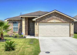 Pre Foreclosure in Converse 78109 BOGIE WAY - Property ID: 1333381781