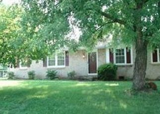 Pre Foreclosure in Clarksville 37042 NASHBORO RD - Property ID: 1333443534
