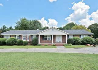 Pre Foreclosure in Charlotte 28214 MOUNT HOLLY RD - Property ID: 1333629670