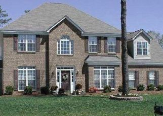 Pre Foreclosure in Charlotte 28215 SANDBOAR ST - Property ID: 1333652440