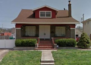 Pre Foreclosure in Granite City 62040 GRAND AVE - Property ID: 1333956845