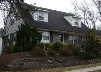 Pre Foreclosure in Woodbury 08096 COOPER ST - Property ID: 1334233190