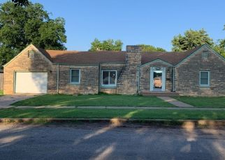 Pre Foreclosure in Waynoka 73860 HIGH ST - Property ID: 1334503422