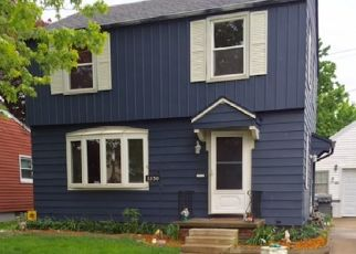 Pre Foreclosure in Oregon 43616 TAFT AVE - Property ID: 1334578315