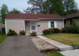 Pre Foreclosure in Columbus 43211 HIAWATHA ST - Property ID: 1334657598
