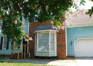 Pre Foreclosure in Greensboro 27406 OLIVER CT - Property ID: 1334787226