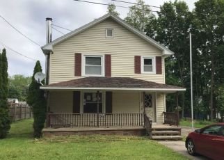 Pre Foreclosure in Minetto 13115 MEEKER AVE - Property ID: 1334862117