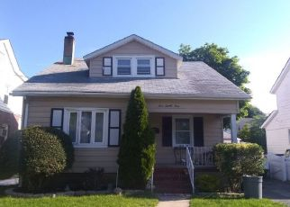 Pre Foreclosure in New Hyde Park 11040 7TH AVE - Property ID: 1334896732