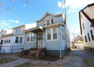Pre Foreclosure in Queens Village 11429 111TH AVE - Property ID: 1334930451