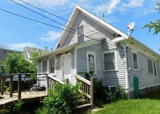 Pre Foreclosure in Lincoln 68503 U ST - Property ID: 1335128412