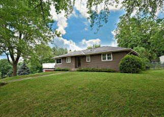 Pre Foreclosure in Burnsville 55337 SHIRLEY DR - Property ID: 1335330764