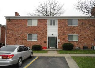 Pre Foreclosure in Warren 48093 HOOVER RD - Property ID: 1335409597