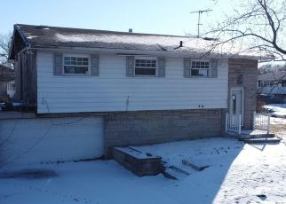 Pre Foreclosure in Gary 46404 ROOSEVELT PL - Property ID: 1335829165