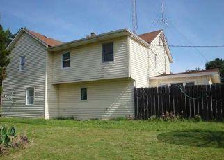 Pre Foreclosure in Goddard 67052 N OAK ST - Property ID: 1336071371