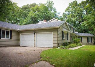 Pre Foreclosure in Topeka 66606 SW REDBUD LN - Property ID: 1336073116