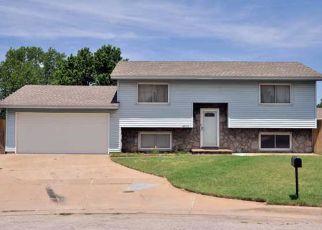 Pre Foreclosure in Wichita 67216 S WASHINGTON CT - Property ID: 1336077504