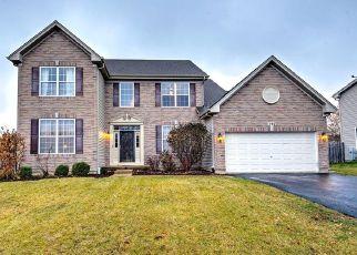 Pre Foreclosure in Sugar Grove 60554 SUTTON CT - Property ID: 1336103790