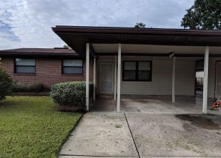 Pre Foreclosure in Jacksonville 32221 CONTOUR DR - Property ID: 1336240878