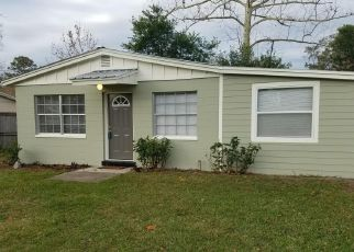 Pre Foreclosure in Jacksonville Beach 32250 BROCKWAY RD - Property ID: 1336313127